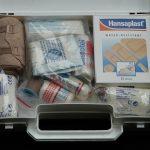 Krankenpflegeartikel und Verbandstoffe
